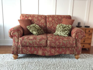 Living Sofa in very good condition