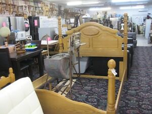 Beautiful Oak Queen Size Bed  or  Vintage Spool Double Bed