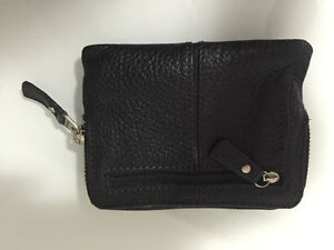 Fossil Maddox Black Leather Coin Purse Strathcona County Edmonton Area image 2