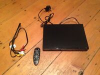DVD player and cbles
