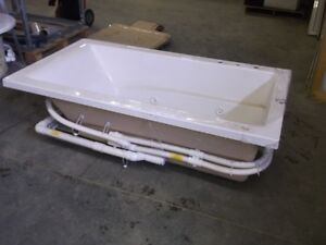 Large Variety of Jetted and Non Jetted Soaker Tubs