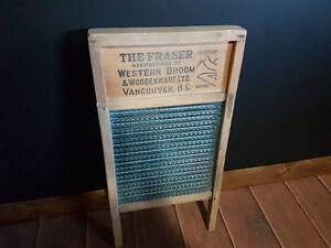 Antique glass wash board