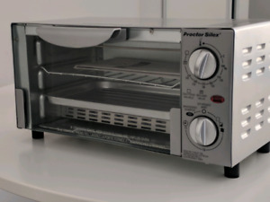 **Brand New ** Proctor Silex Compact Toaster Oven