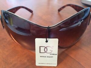 DG sunglasses brown or red London Ontario image 1