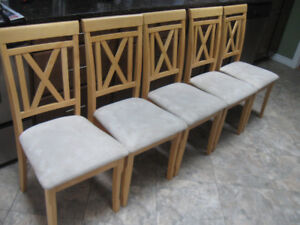LOVELY KITCHEN/DINING ROOM CHAIRS - FIVE IN TOTAL