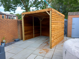 2.5M X 2.5M WOODEN GAZEBO WITH 3 SIDES ASSEMBLED FREE LOCAL DELIVERY