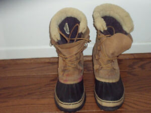 WINTER BOOTS - LARGE SIZE
