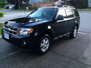 2011 Ford Escape $11,900obo. 4cyl, 5spd, fwd.