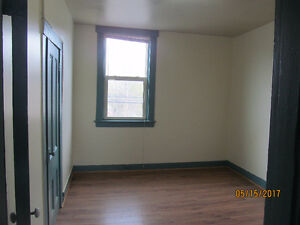 Two rooms apartment in Stellartion/ New Glasgow