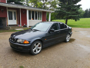 BMW 325 2003  Very Dependable Car
