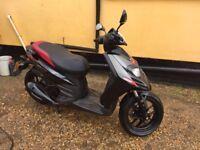 Aprilia sr125 2015 scooter moped 125cc
