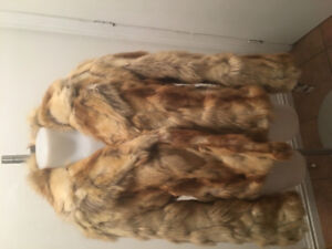 LADIES GUESS LUXURY JACKET, SIZE M- BRAND NEW WITH TAGS