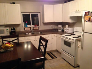 Awesome 2 bedroom spacious upper unit for rent