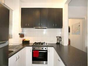 Large 1 bedroom unit to share with 2 pax from Paris Melbourne CBD Melbourne City Preview