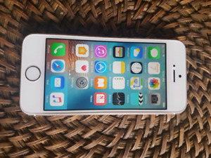 iPhone 5S 16gb Gold Bell Virgin mint condition.