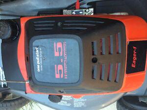 NICE CRAFTSMAN EAGER-1   5.5 HP LAWNMOWER Kitchener / Waterloo Kitchener Area image 3