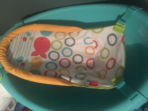 Bassinet, bath and bed for sale