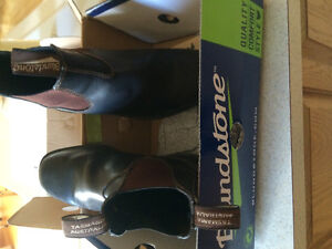Blundstone unisex boots (two pair available)