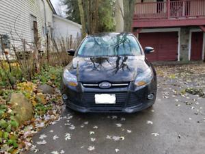 2012 Ford Focus Titanium - Loaded!