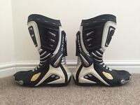 Motorcycle Boots (Size 9)