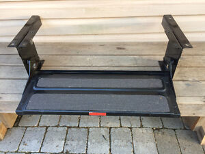 Trailer RV Pull Out Single Step