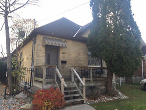 189 Broughdale- Furnished and Utlilites Included