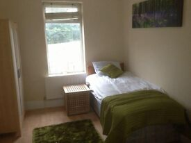 fully inclusive rooms to rent - BS5 on main bus route 6/7