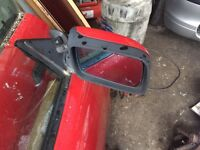 BMW 318 is wing mirror e36