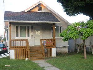 ~BEAUTIFUL CLEAN HOME WITH GARAGE FOR A GREAT PRICE!~