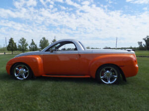 2004 Chevy SSR - MINT condition
