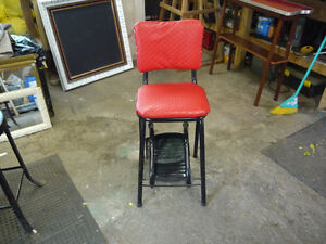 red vintage stool step ladder London Ontario image 1