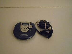 KOSS PERSONAL PORTABLE COMPACT DISC PLAYER Cambridge Kitchener Area image 1