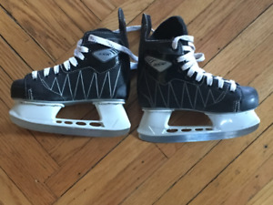 Junior CCM Intruder Hockey Skates, Size 2