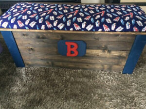 Customized Toy Boxes