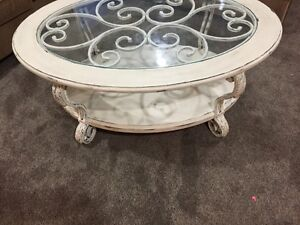 Gorgeous Rustic Shabby Chic Coffee Table