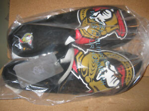 mens nhl slippers