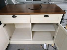Cupboard good condition 40 ono