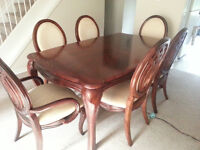 Gorgeous dining table and 8 chairs for sale