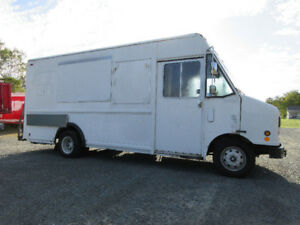 Food truck with equipment