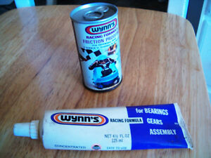Wynn's Racing Formula Snowmobile can & Grease tube