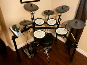 Electric drum kit TD-15K Full kit plus extra Cymbals and Toms