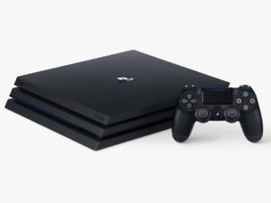 PS4 PRO BRAND NEW/1 MANETTE/GOD OF WAR/FAR CRY 5/1 FREE MONTH P+