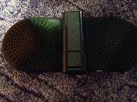 Portable speakers (battery)
