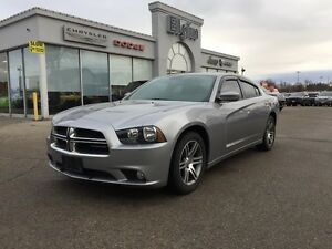 2014 Dodge Charger SXT***Sunroof,Htd Seats,Low Kms*** London Ontario image 9