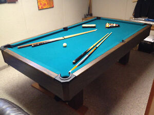 Pool Table W accessories