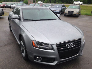 2009 Audi A5 S-Line Coupe 6SP NAVI,3.2L! Financing!! Certified!!