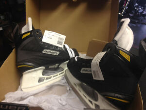 Bauer skates size 5 for sale