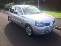 2006 Renault Clio 1.2 campus sport.. 12 months mot . Silver . Leather interior