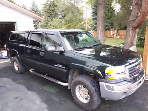 2004,5 GMC Sierra SLE 2500 hd Duramax  (Reduced)