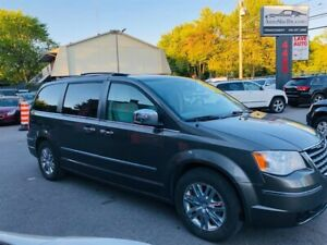 Chrysler Town - Country Limited-7 Passagers-Cuir-Camera-Toit-Mag